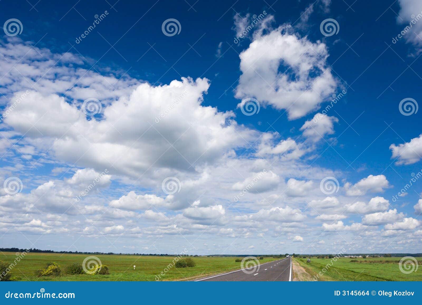 Strada e cielo