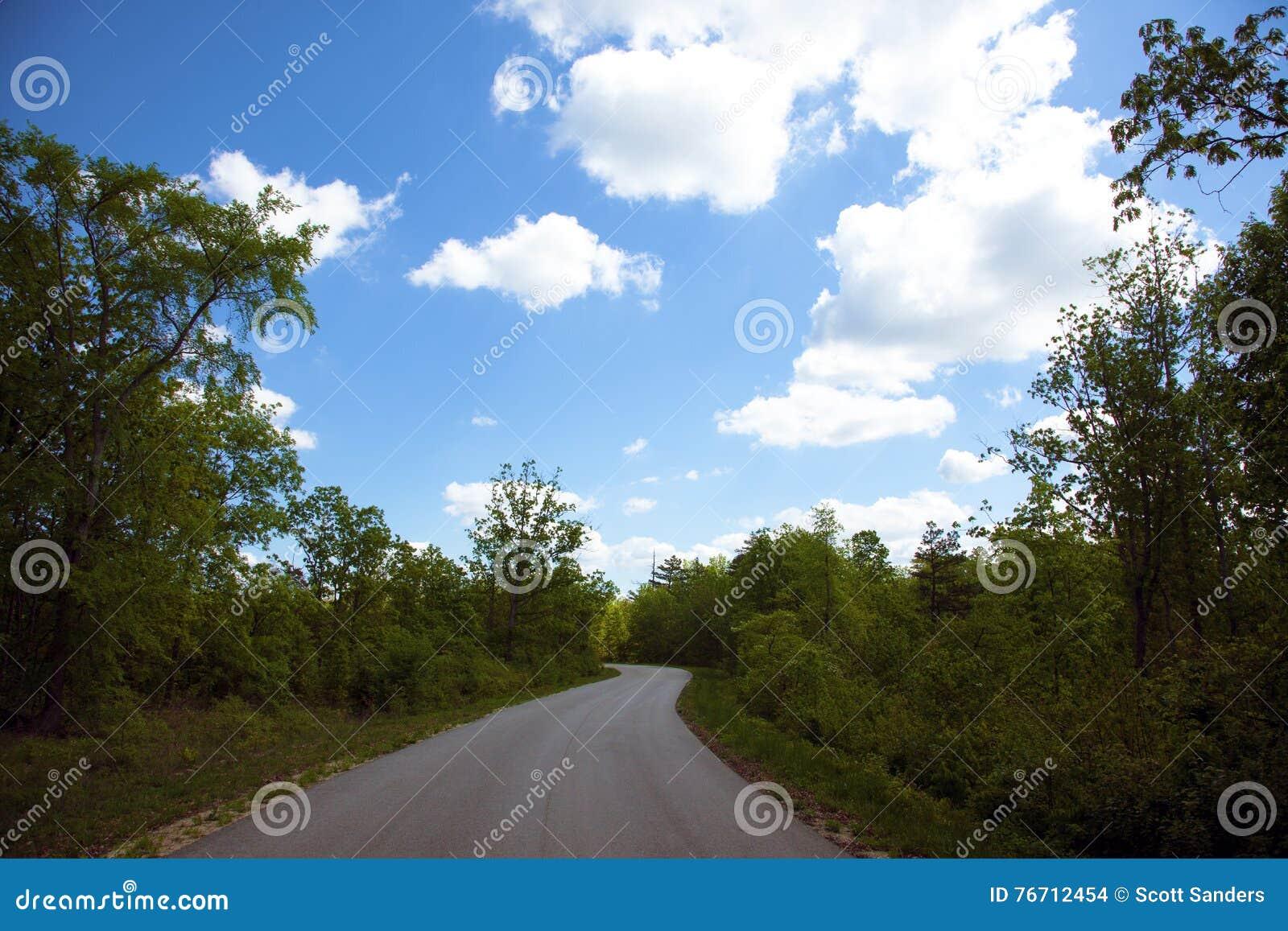 Strada rurale