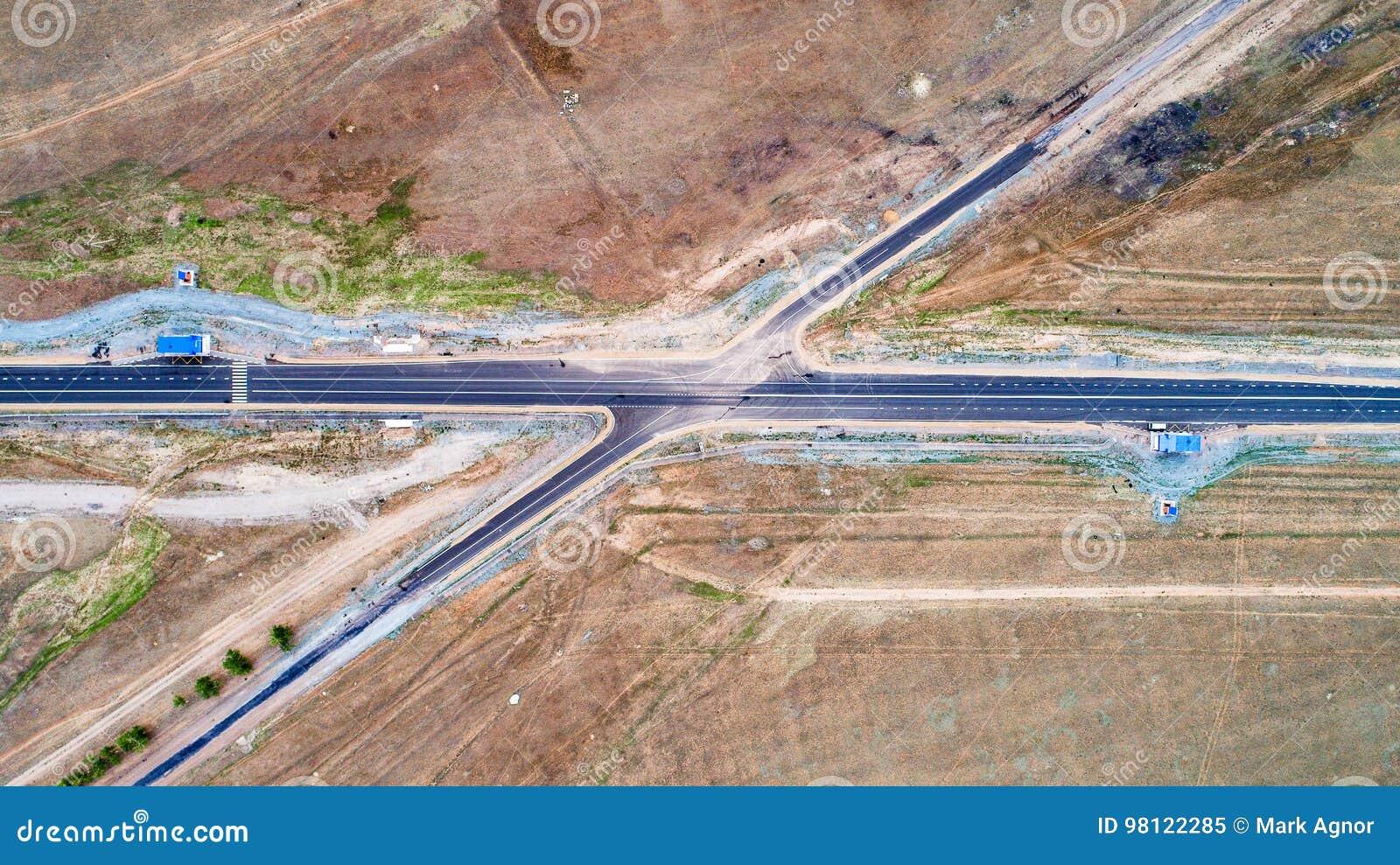 Strada trasversale da sopra