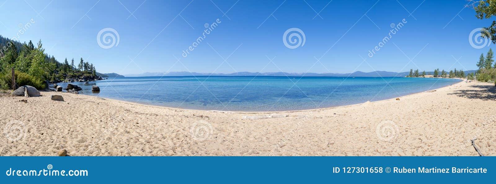 Strand bij Zandhaven in Meer Tahoe