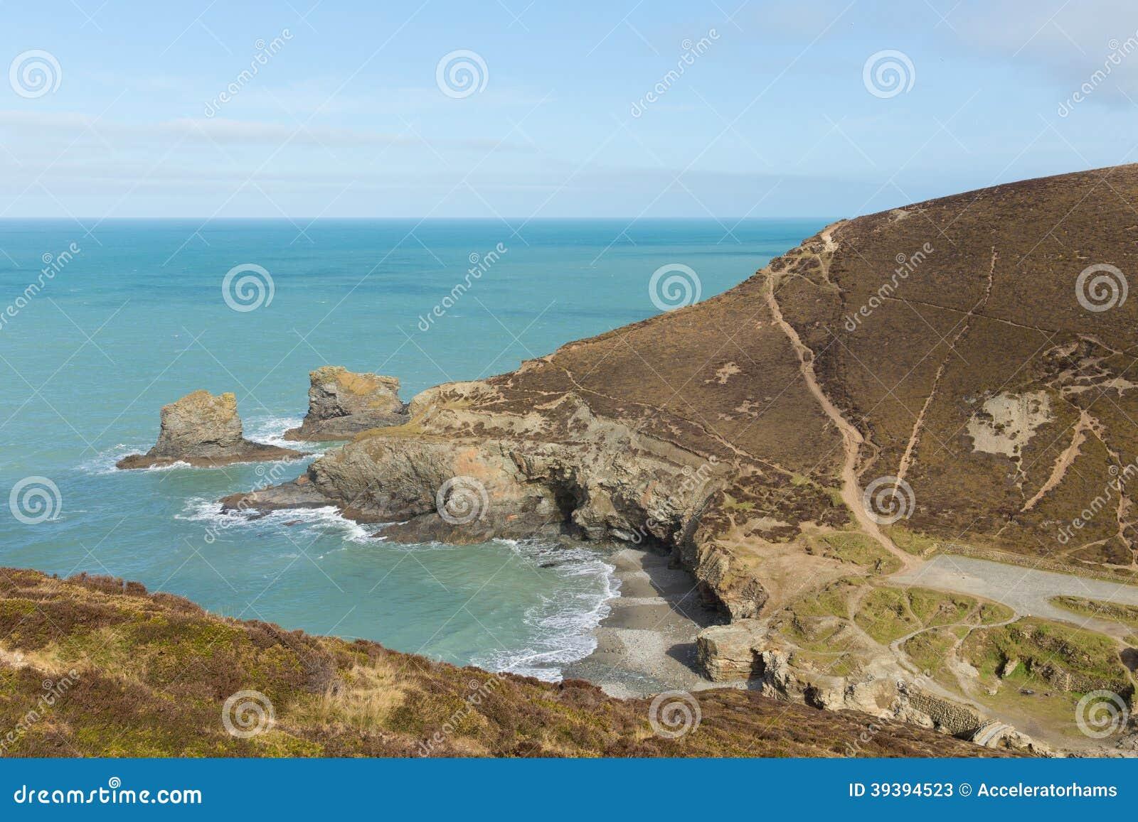Strand bredvid St Agnes Cornwall England UK