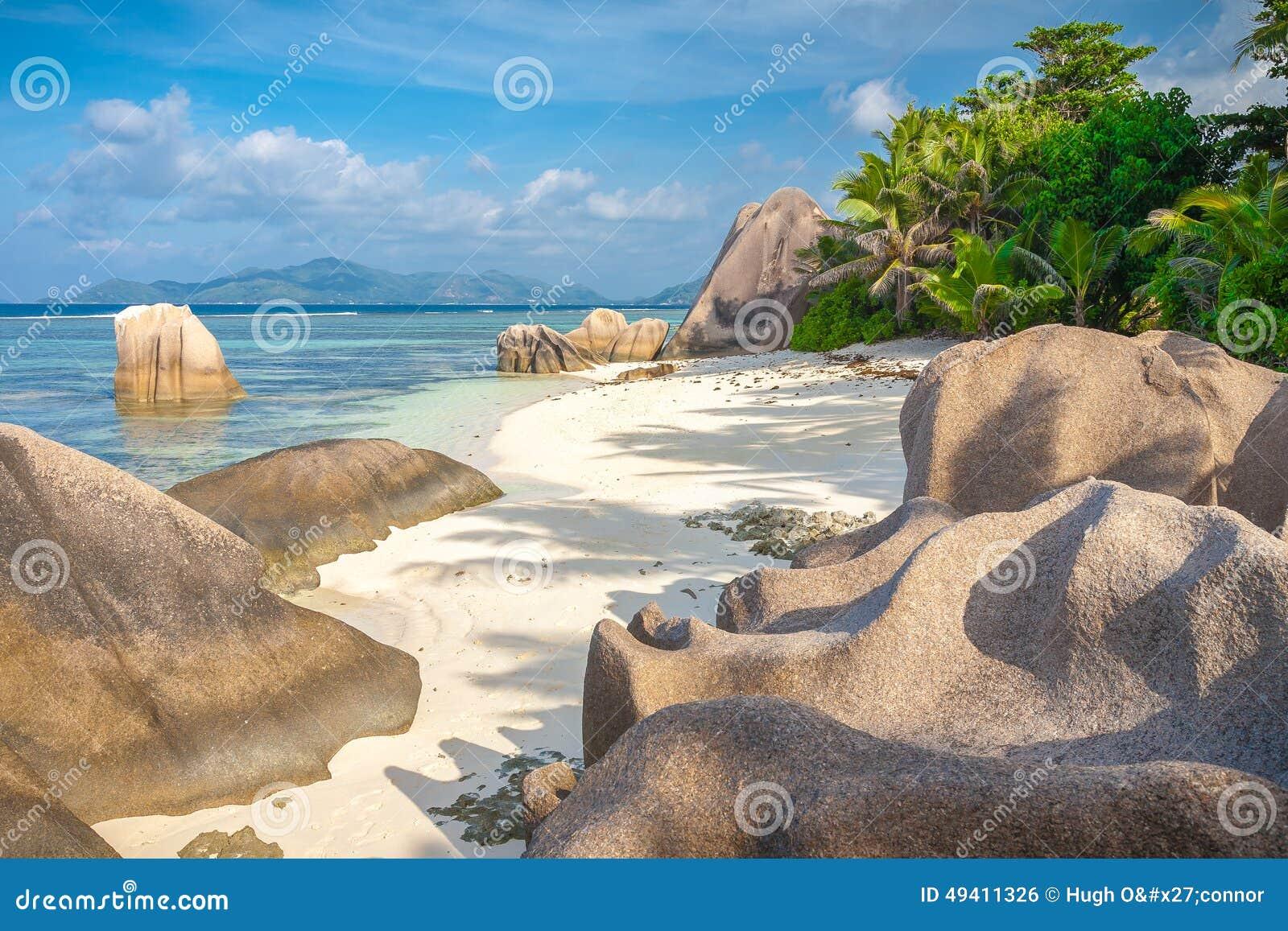 Download Strand Der Betäubungs-Seychellen Stockfoto - Bild von schönheit, anordnung: 49411326