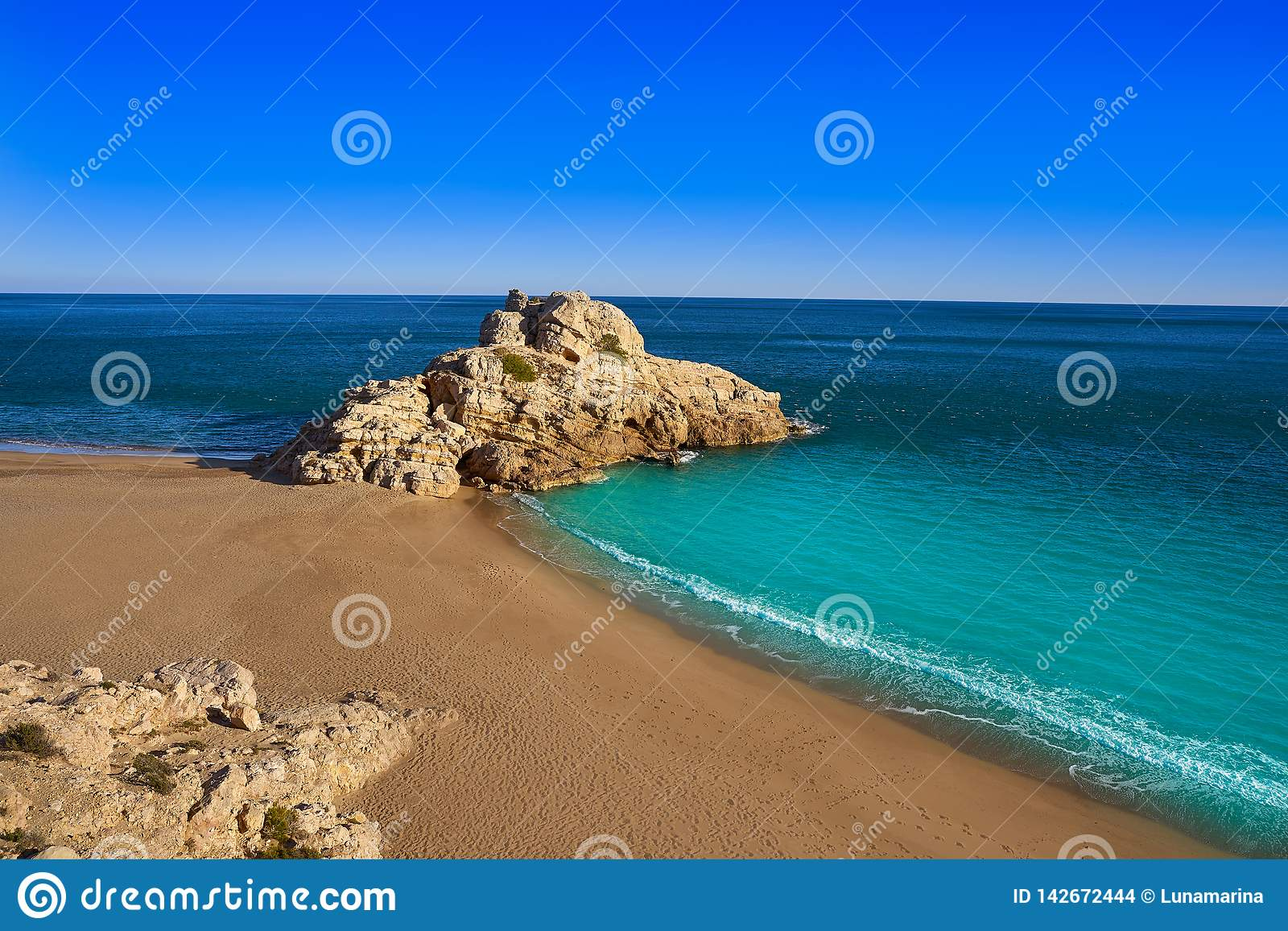 Strand Des Mrz Playa Illot Del Torn Ametlla