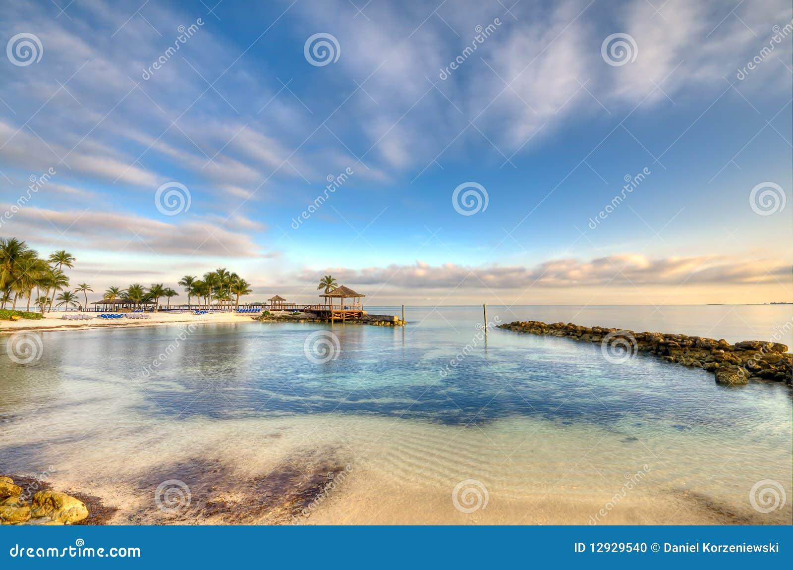 Strand im Nassau-Morgen