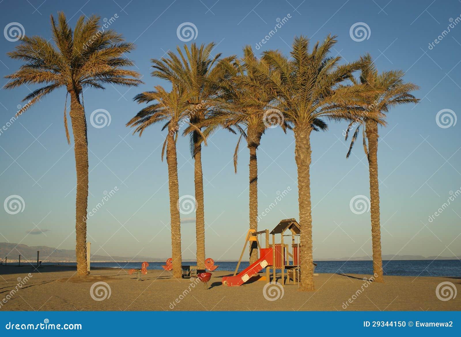 Strand nach Jahreszeit, Spanien