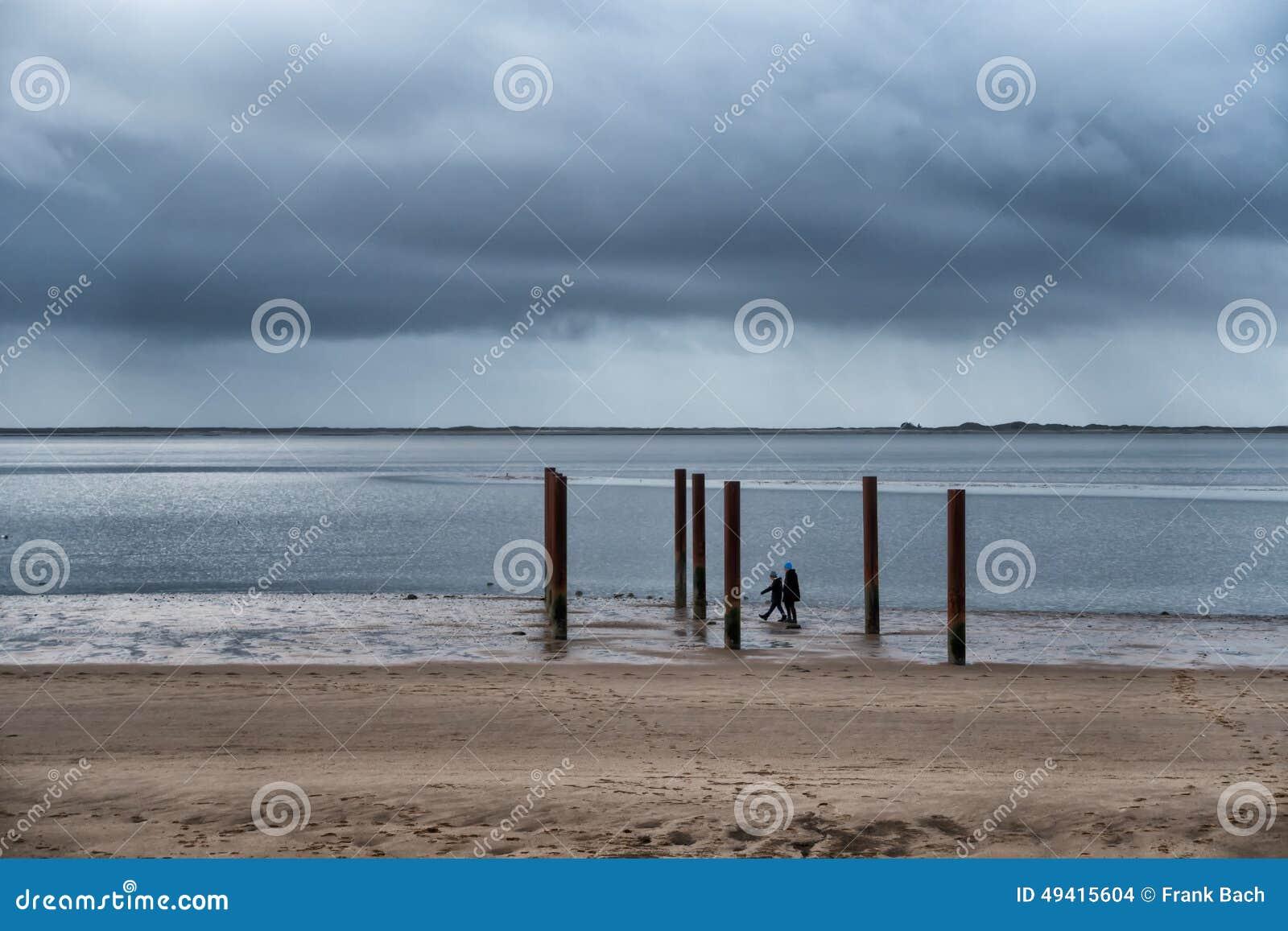 Download Strand-Promenade Nahe Esbjerg, Dänemark Stockfoto - Bild von jütland, wasser: 49415604