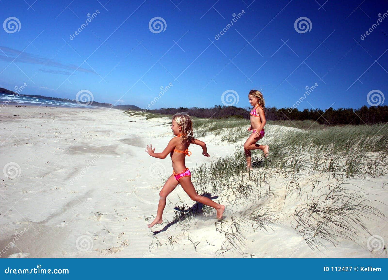 Strand som kör till