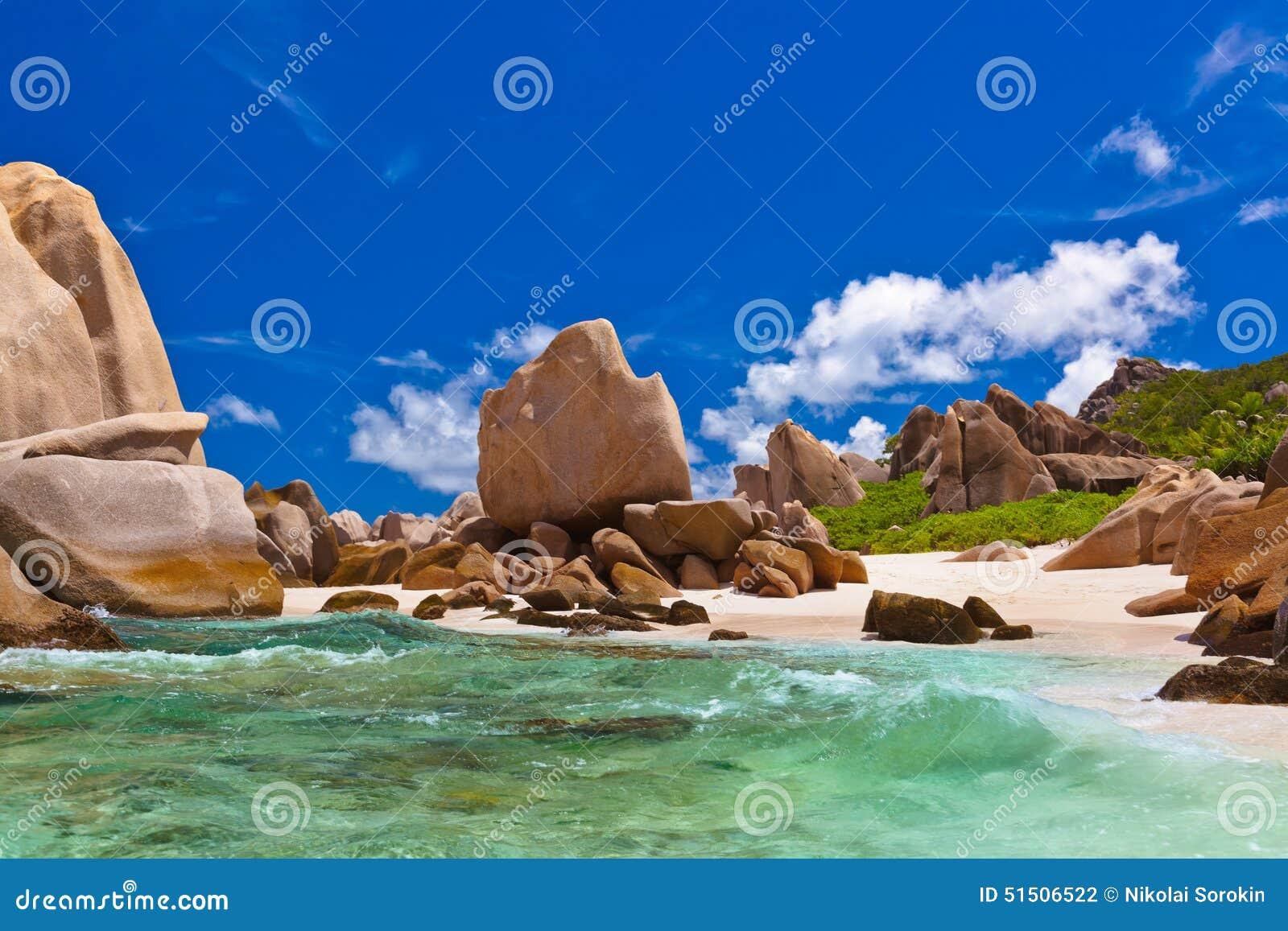 Strand tropiska seychelles