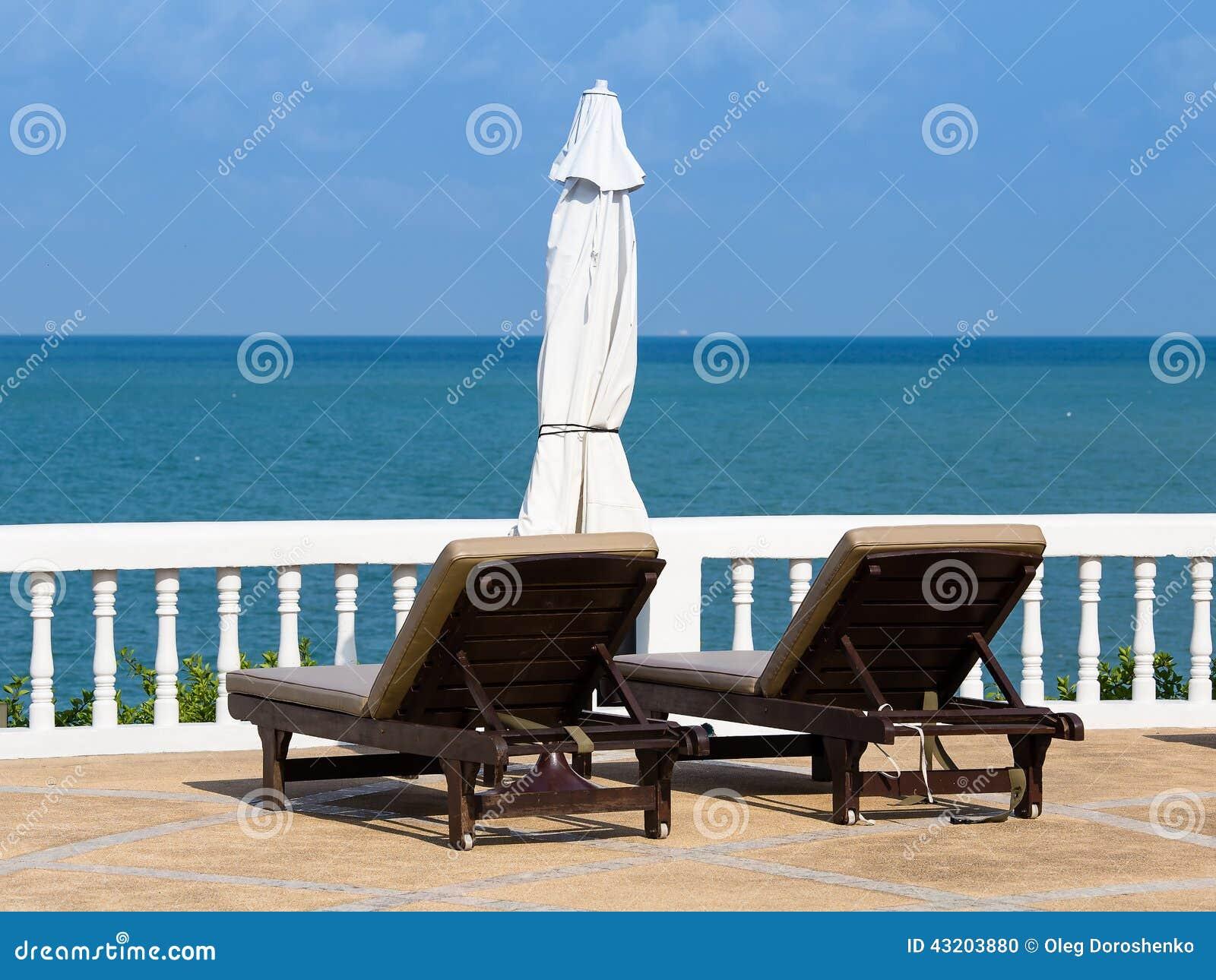 Download Strand tropiska thailand arkivfoto. Bild av inget, idylliskt - 43203880