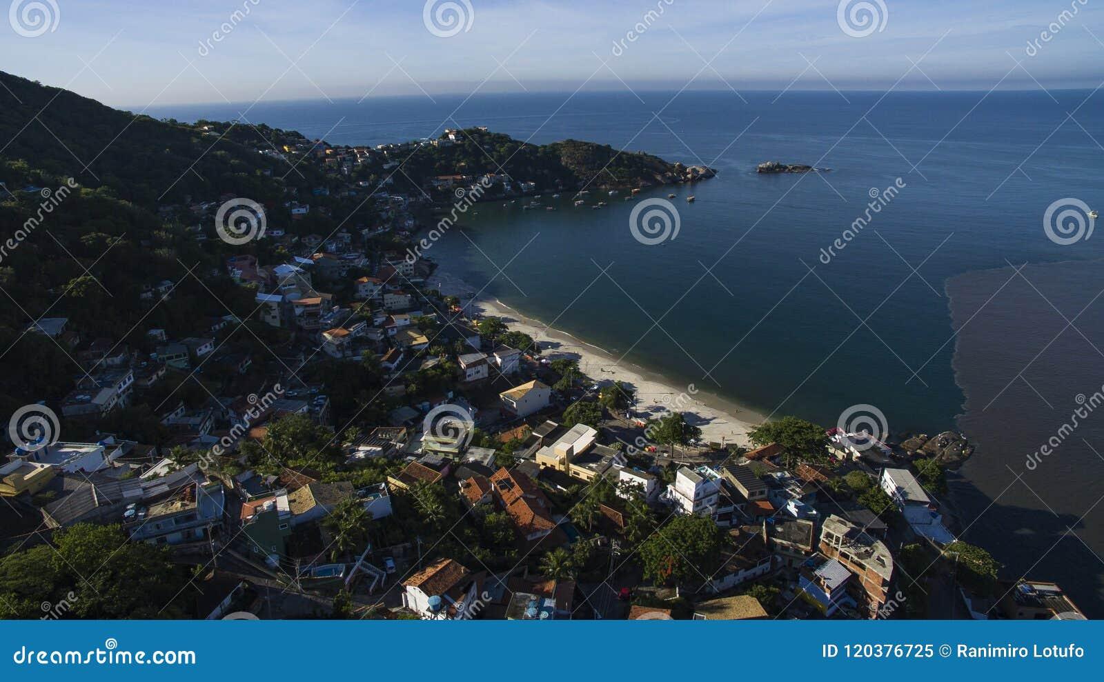 Stranden en paradisiacal plaatsen, prachtige stranden rond de wereld, Restinga van Marambaia-Strand, Rio de Janeiro, Brazilië