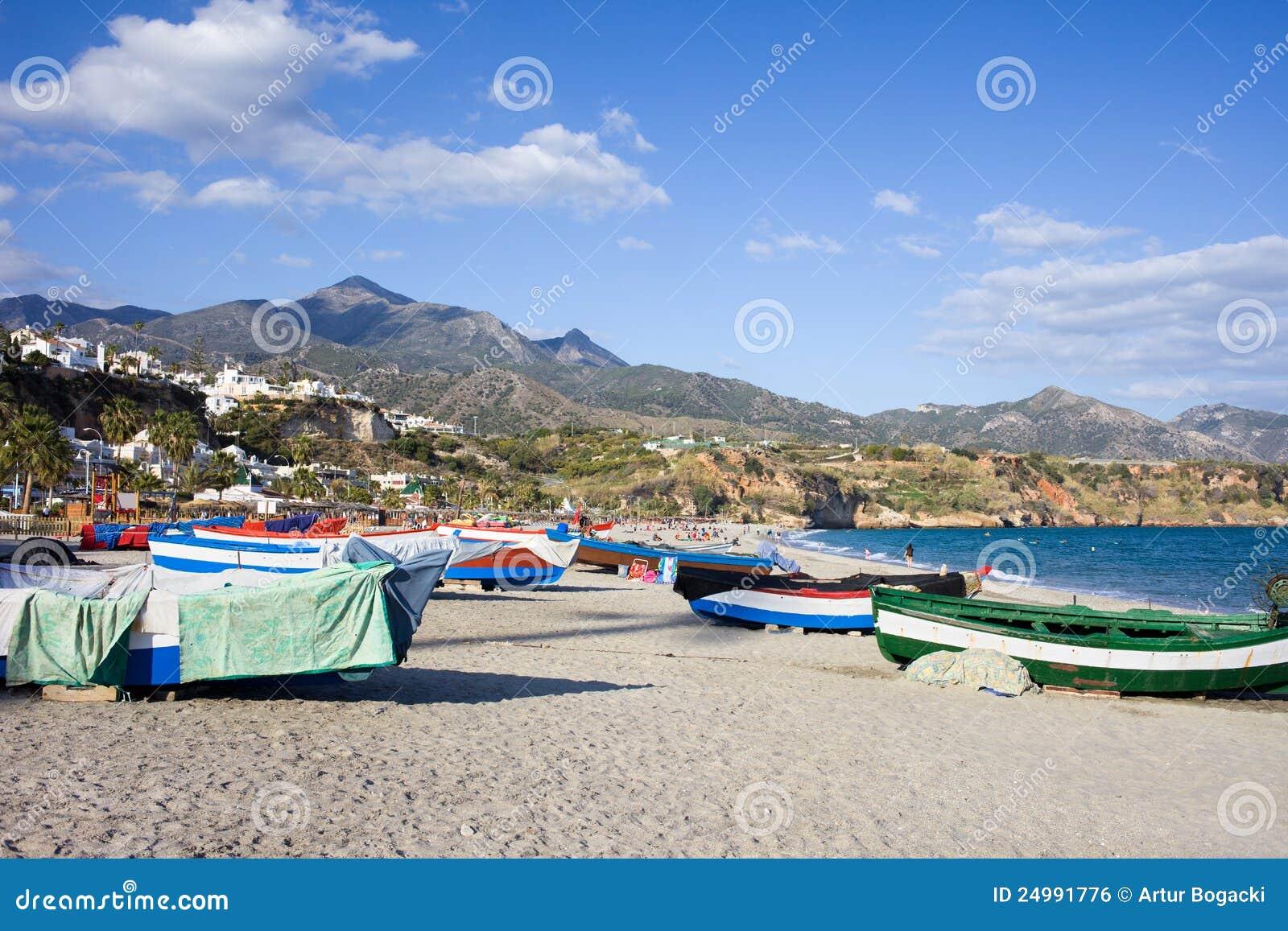 Strandfartyg som fiskar spain
