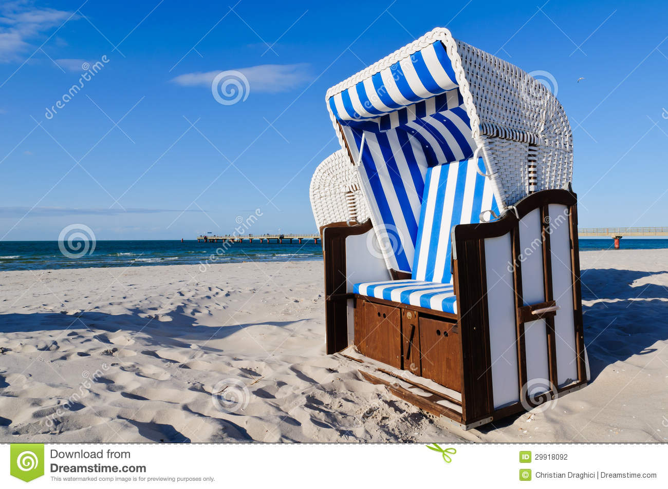 strandkorb baltic sea stock photography image 29918092. Black Bedroom Furniture Sets. Home Design Ideas