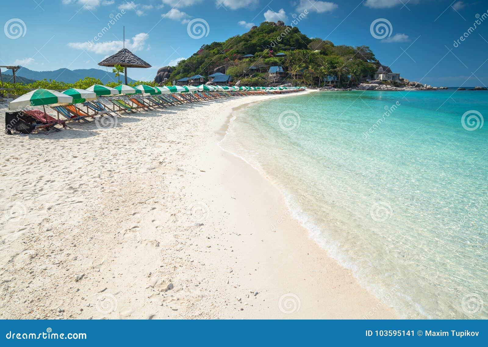 Strandmening van Nang-Yuanseiland van Koh Tao-eiland Thailand