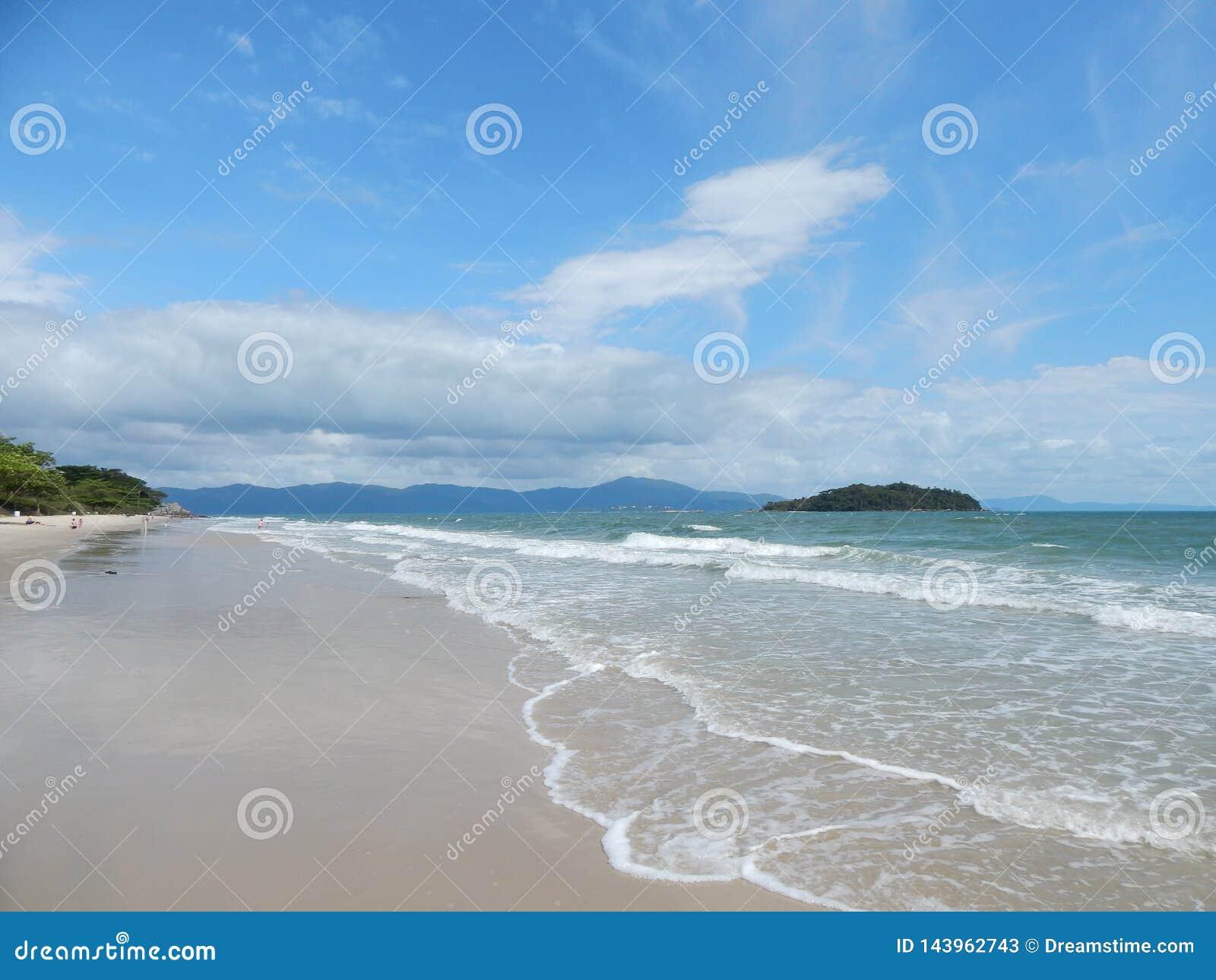 Strandnah und Insel