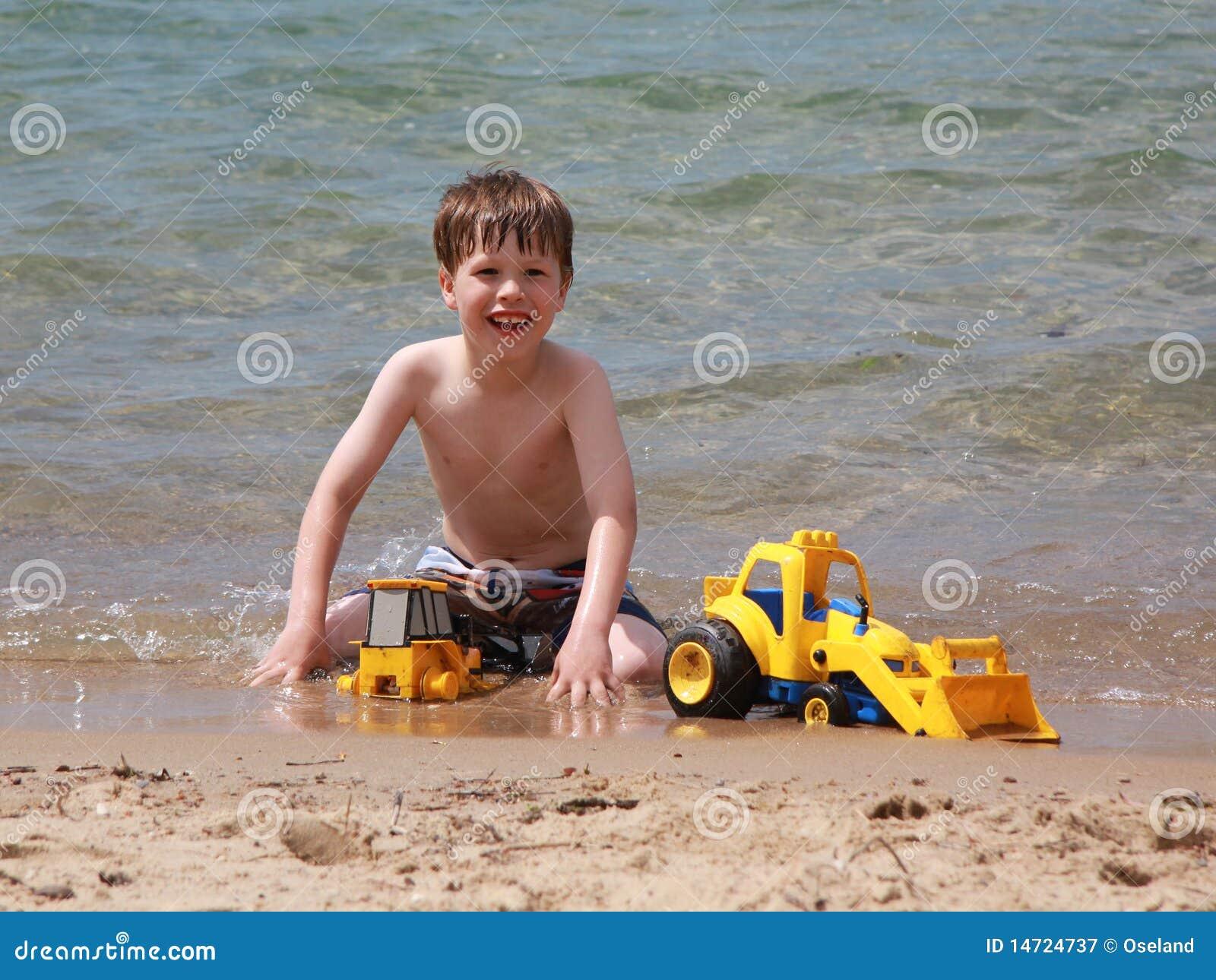 Strandpojkebarn