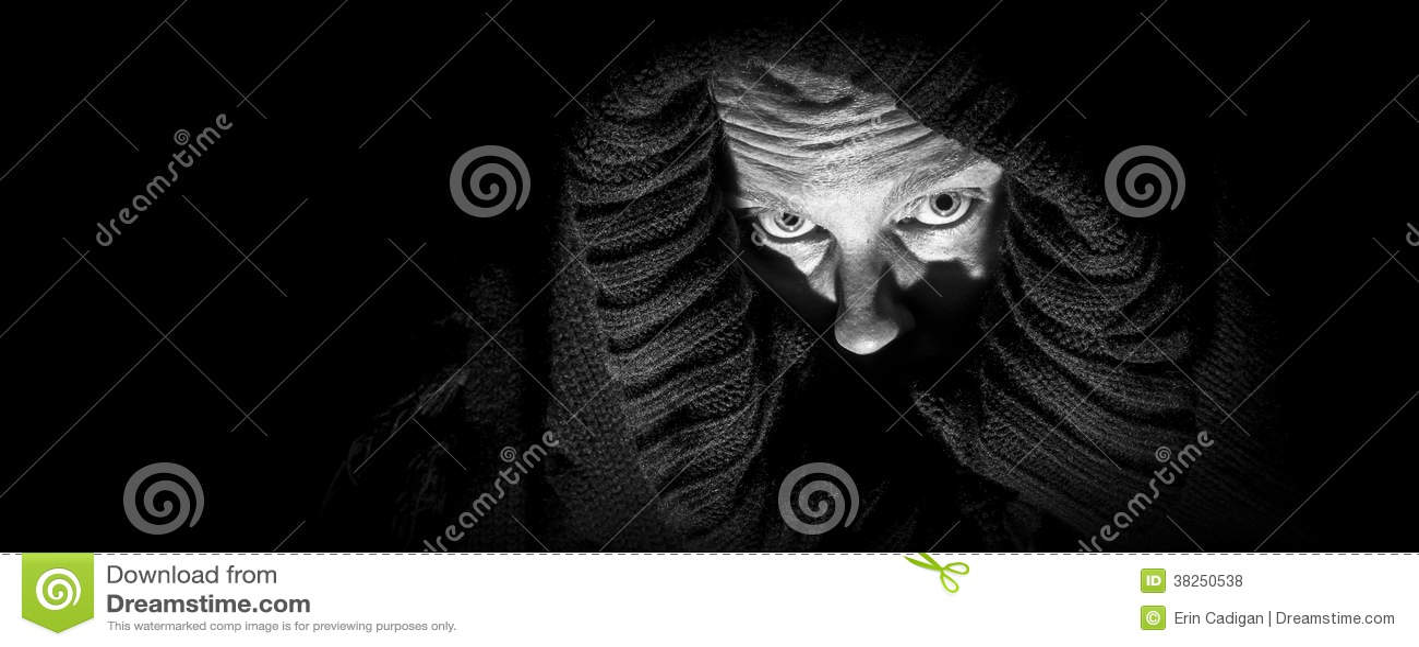 Straszna kobieta w całunie, panorama