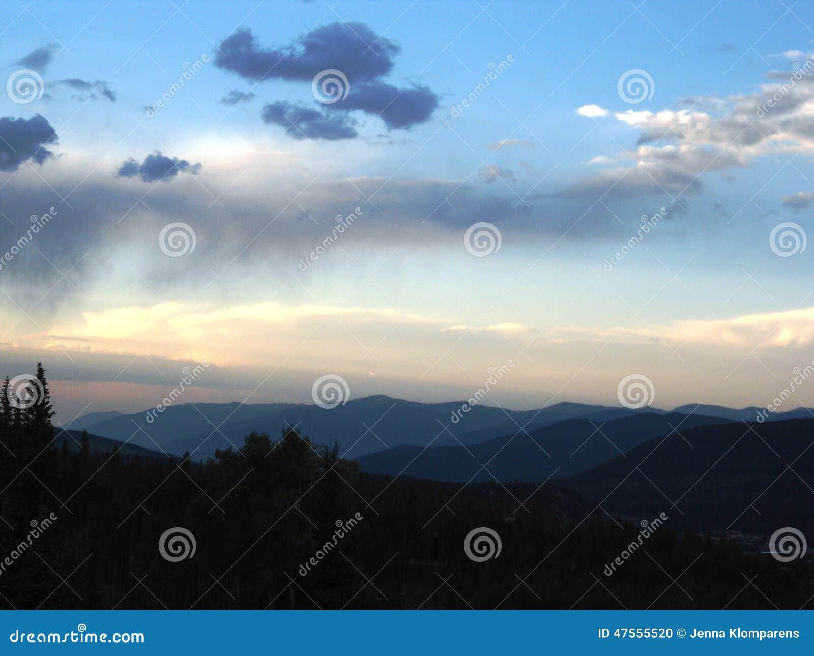Strati delle montagne