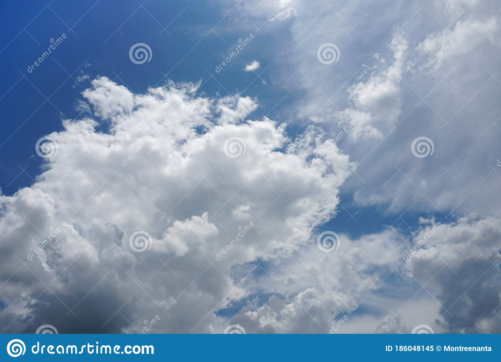 Cloudy Sky With Stratocumulus Clouds When The Storm Is Coming Clouds And Blue Sky Background Stock Image Image Of Background Landscape 186048145