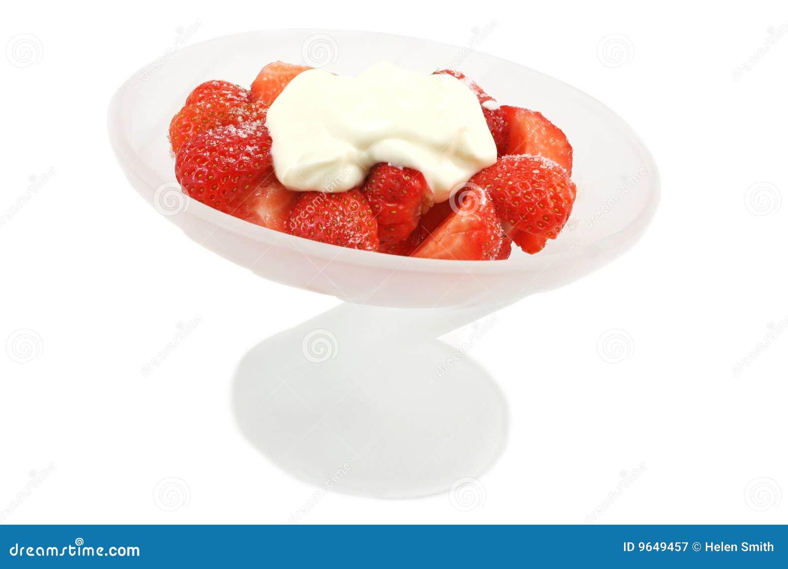 ... bread cream strawberry bread pudding with creme fraiche whipped cream