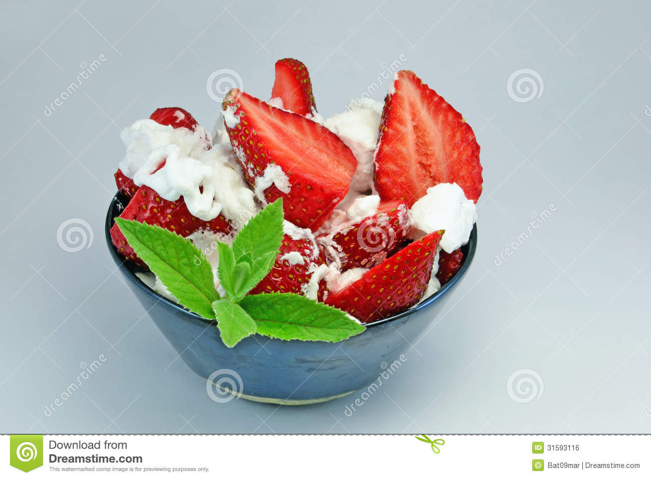 Strawberries And Whipped Cream Bowl Strawberries With Crea...
