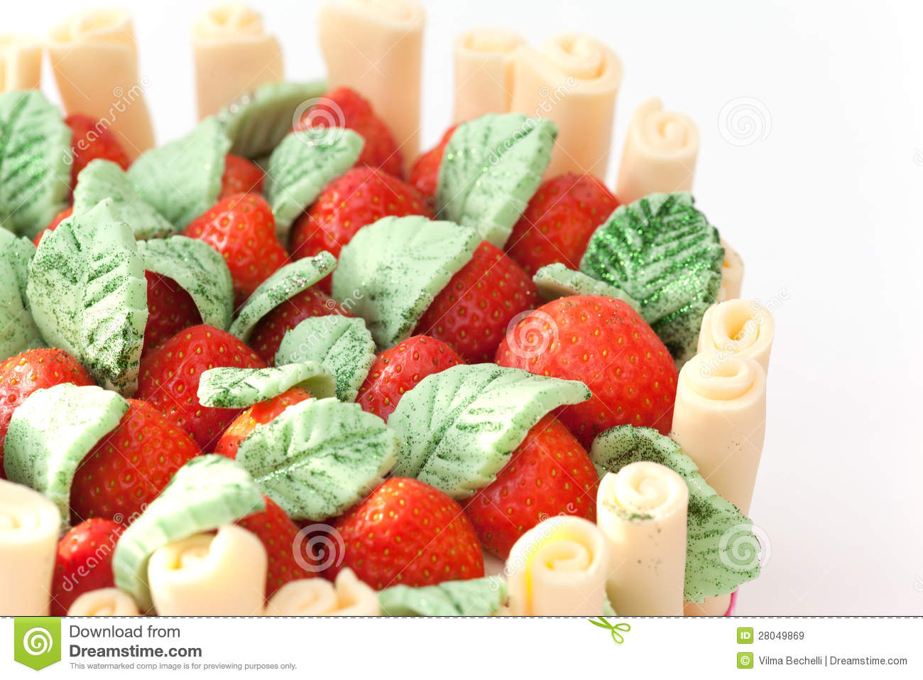 Strawberry Basket Cake Royalty Free Stock Images - Image: 28049869
