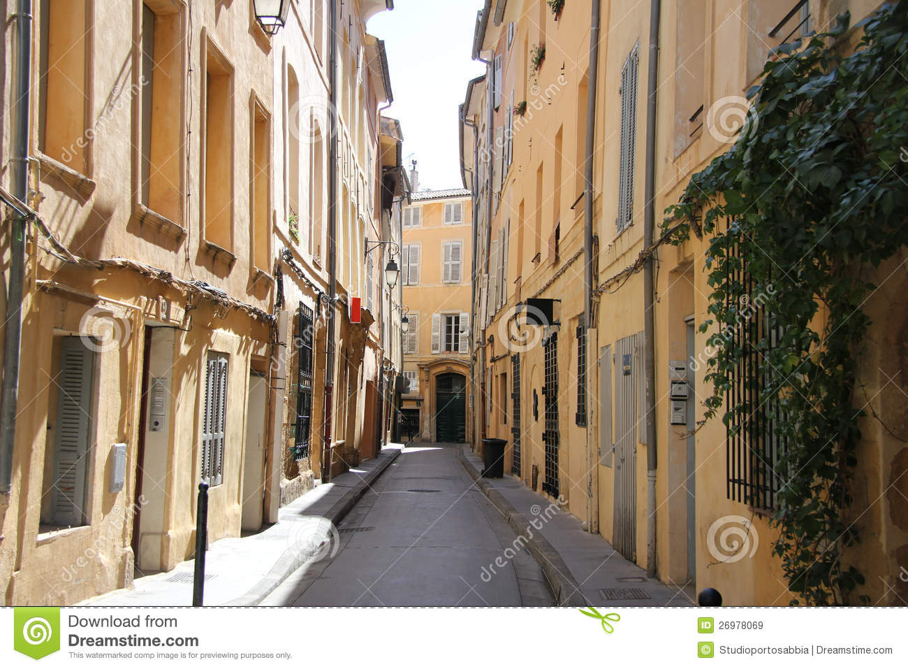 street in aix en provence royalty free stock images image 26978069. Black Bedroom Furniture Sets. Home Design Ideas