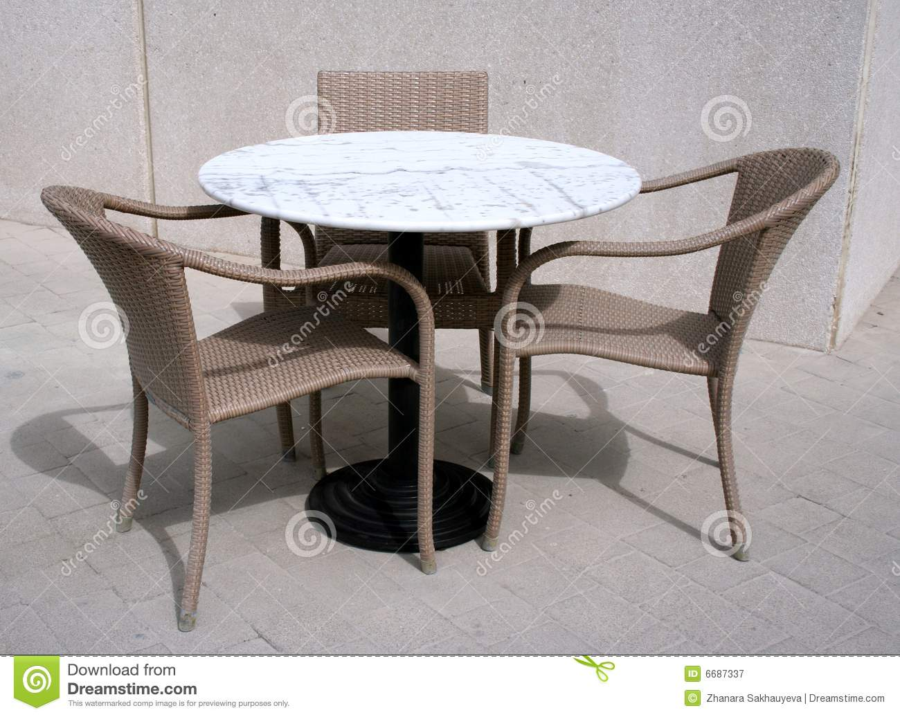 Street Cafe Table And Chairs Royalty Free Stock graphy