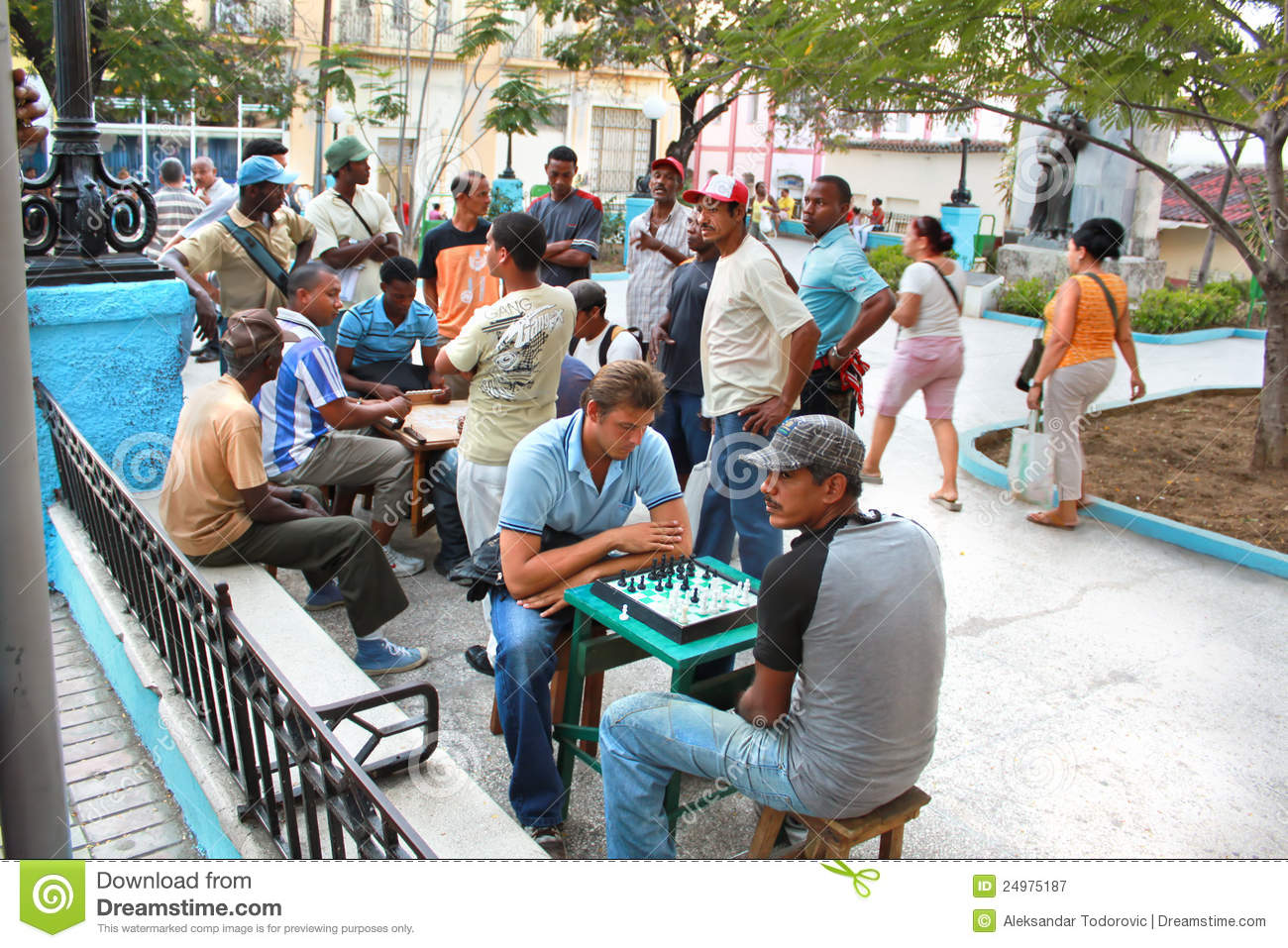 Street chess on central square