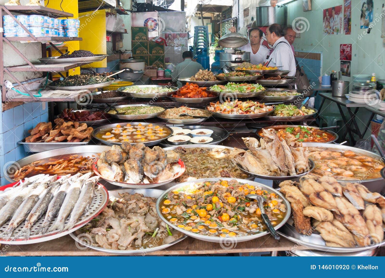 Street Food Restaurant In Chinatown, Bangkok, Thailand ...