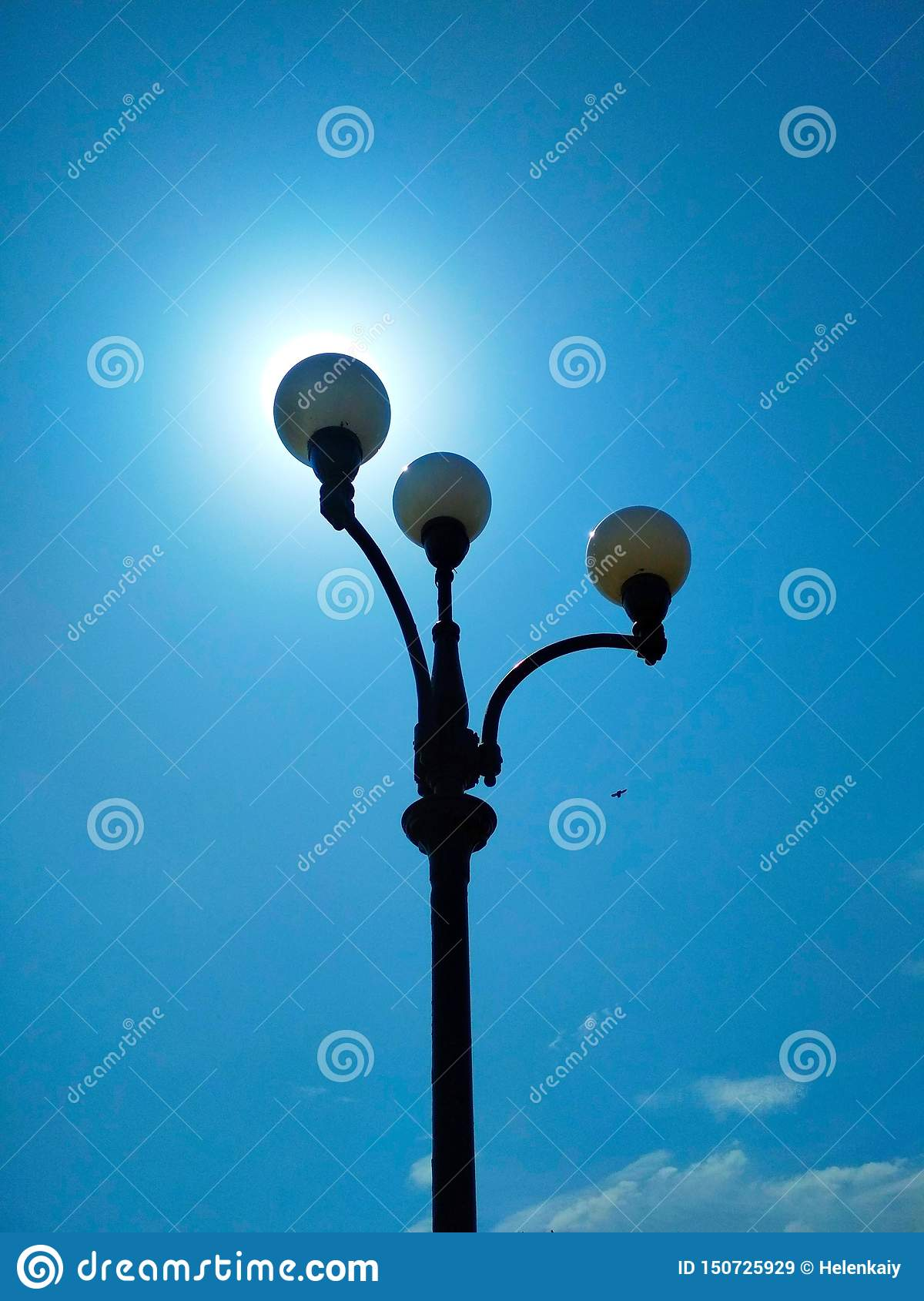 Street light, architectural decision