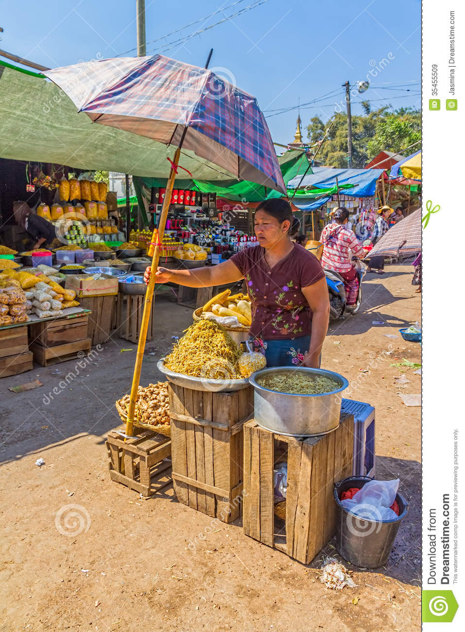 Pindaya Myanmar  city pictures gallery : PINDAYA, MYANMAR FEBRUARY 27: Women are selling vegetables at the ...