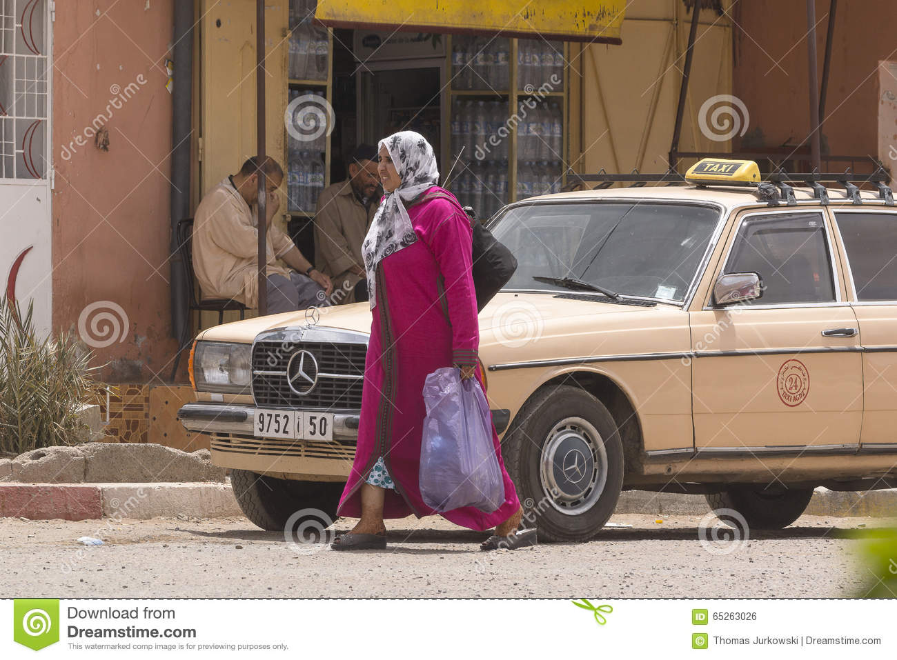 """muddy muslim girl personals The largest muslim conference in north america hosted speed dating sessions called the """"matrimonial banquet."""
