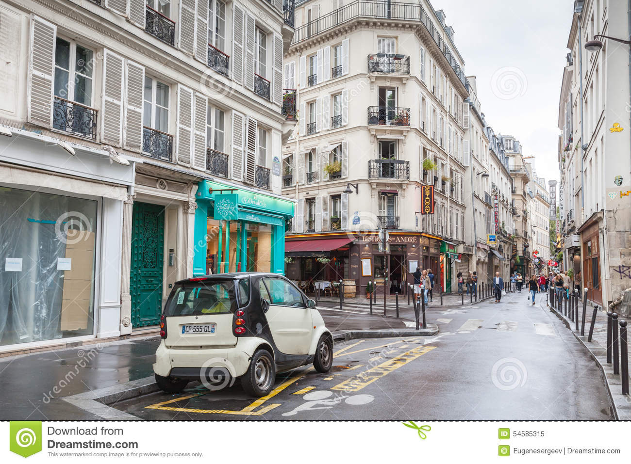 Street In Paris, Rue St. Andre Des Arts Editorial Image - Image ...