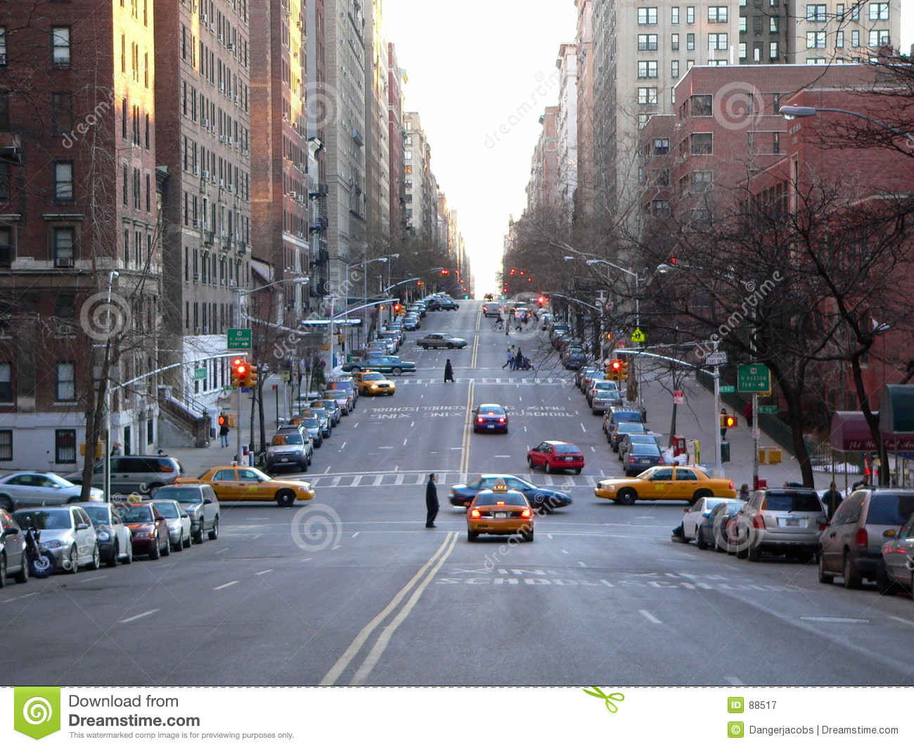 A Street Scene In Nyc Stock Image Image Of Apartment