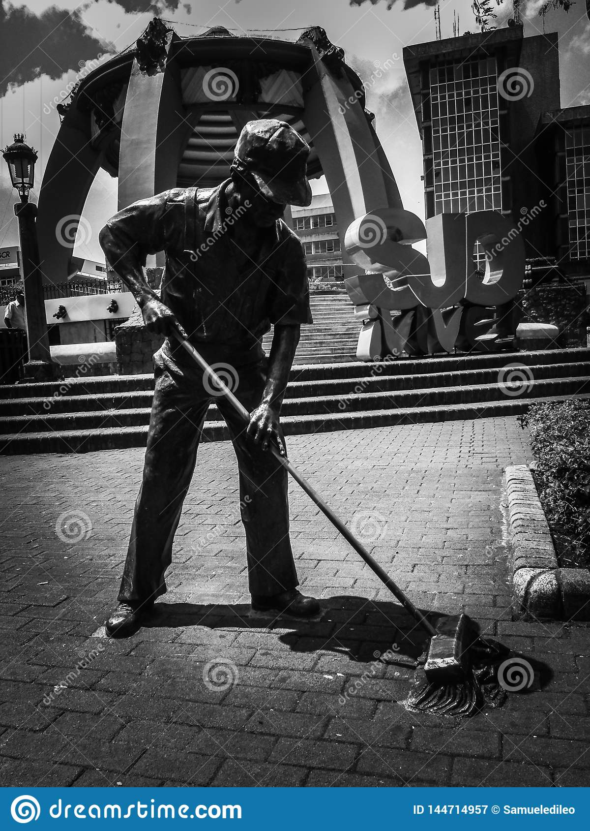 The Street Sweeper Statue.