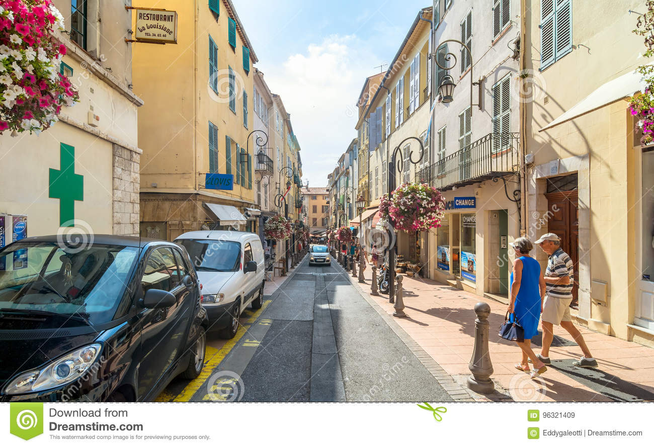 street view in antibes old town france editorial stock image image of alpes azur 96321409. Black Bedroom Furniture Sets. Home Design Ideas