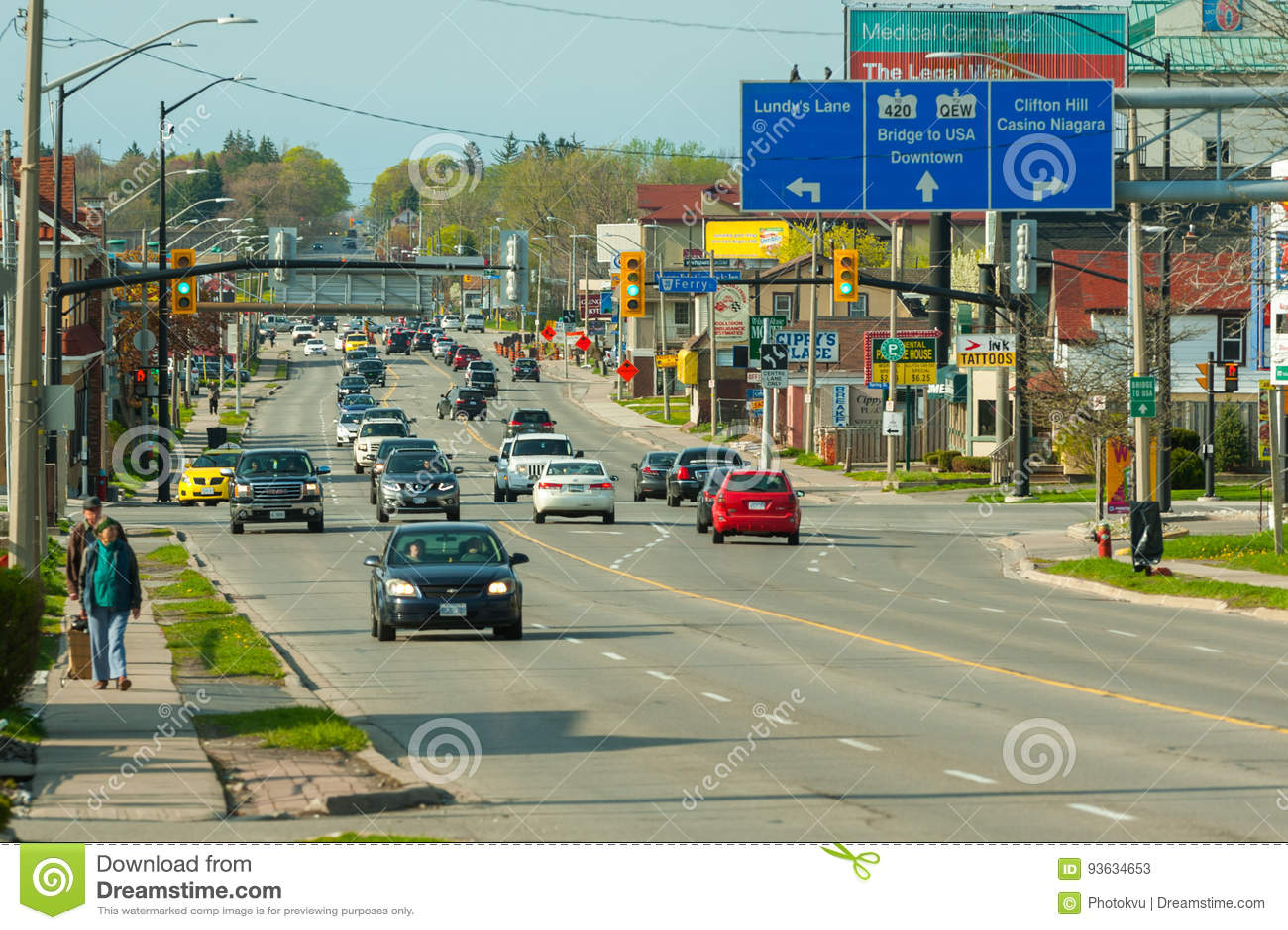 Street View In Niagara Falls Town Canada Editorial Stock Photo