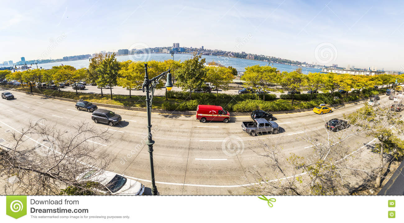 street view to 12th avenue and river hudson river in the neighbo
