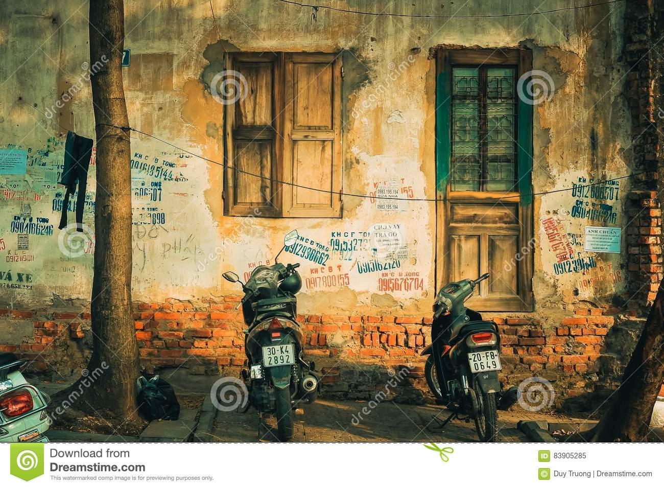 Streetlife, Vietnam, Life, House Editorial Image - Image of house ...