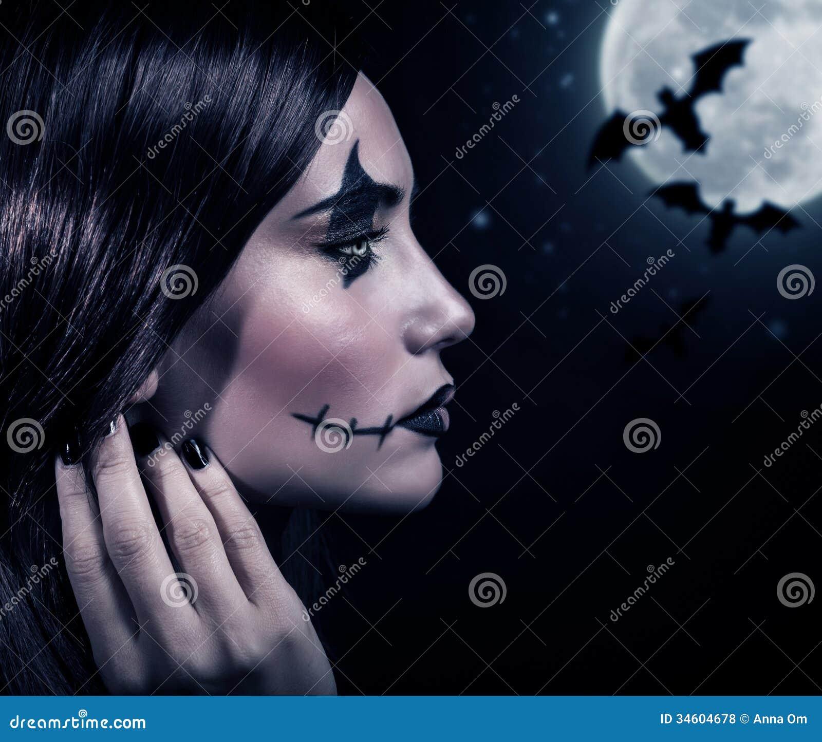 Strega terrificante nella notte di Halloween - strega-terrificante-nella-notte-di-halloween-34604678