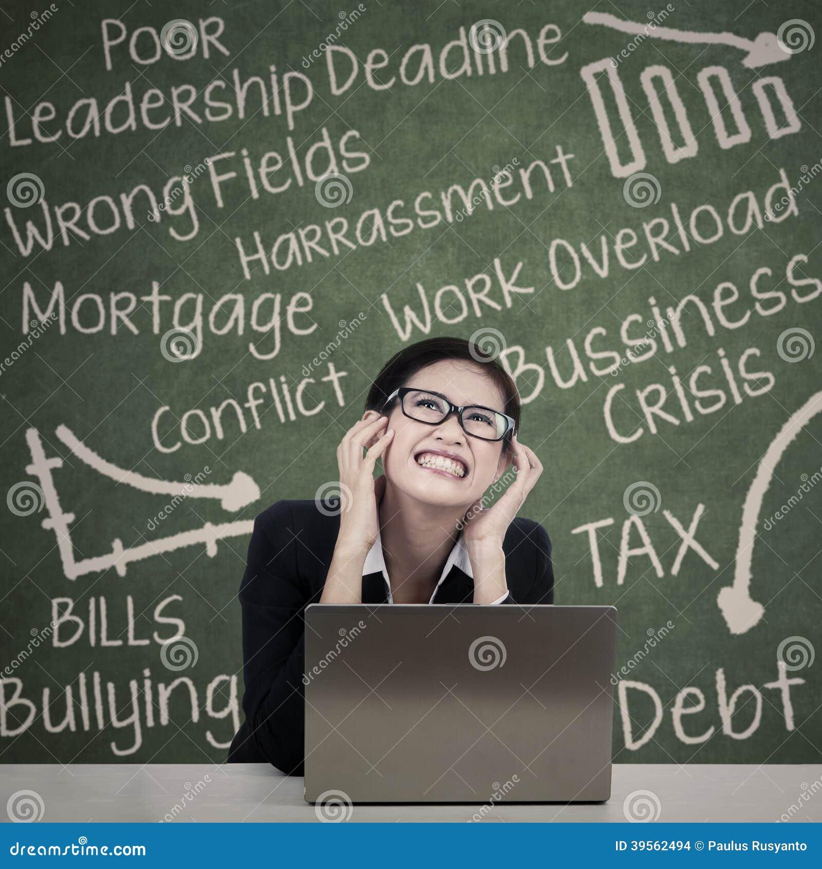 Stressad härlig kvinnalärare