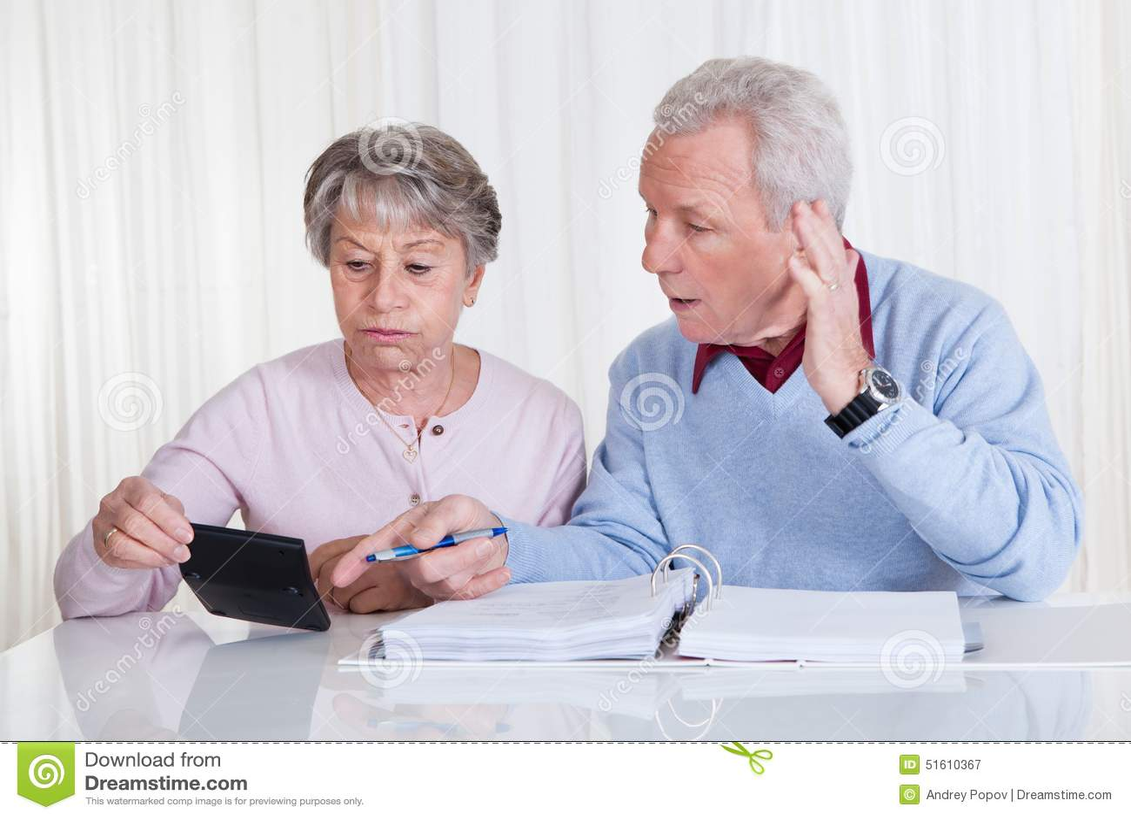 займы новые пенсионерам