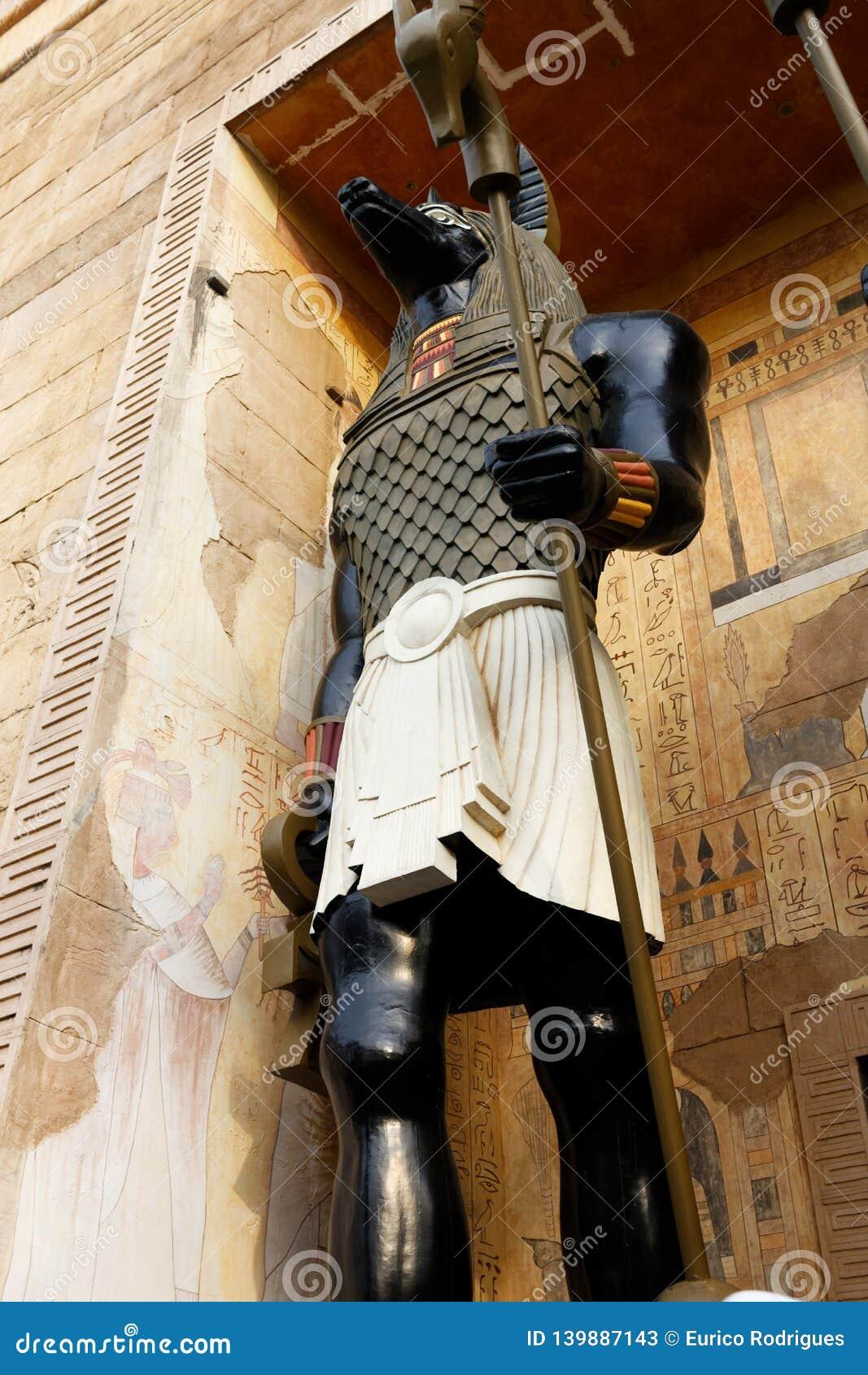 Stridingsjakhals onder ogen gezien God, Anubis
