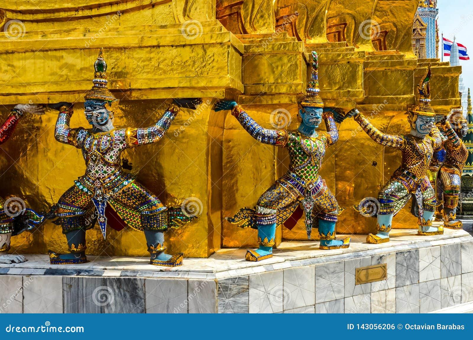 Strijderscijfers in Thaise tempel