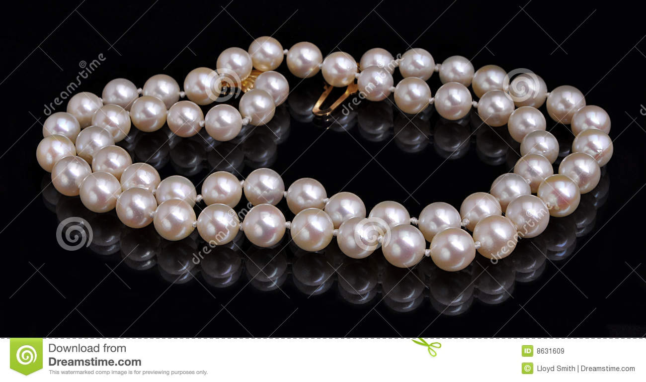 String Of Pearls Royalty Free Stock Images Image 8631609