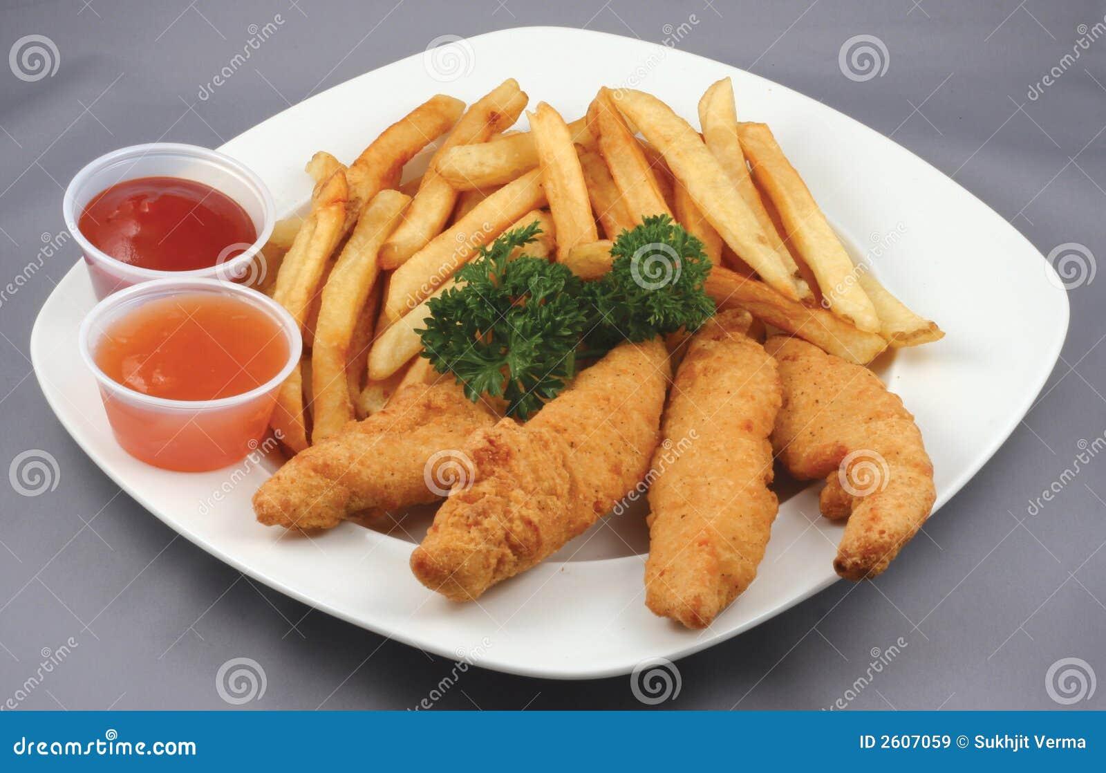 Strisce e fritture del pollo combinate