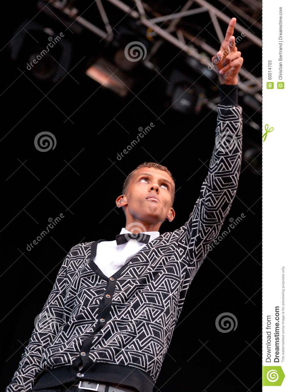 Stromae singer from belgium who plays house new beat and for House music singers