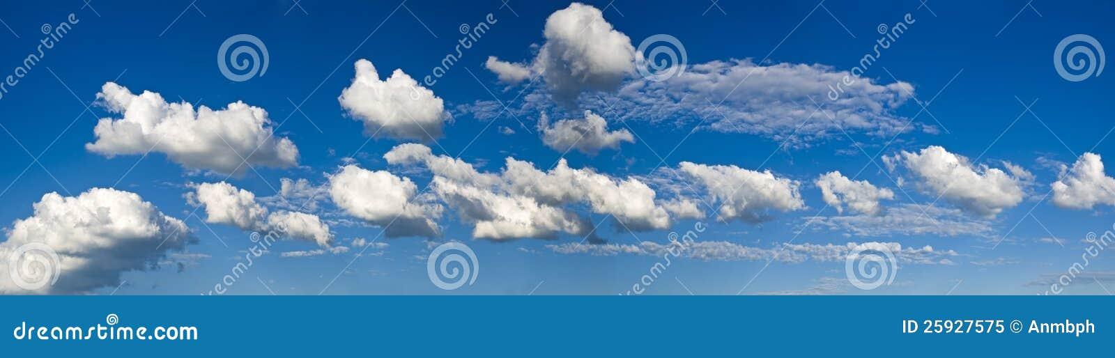 Strook van wolken