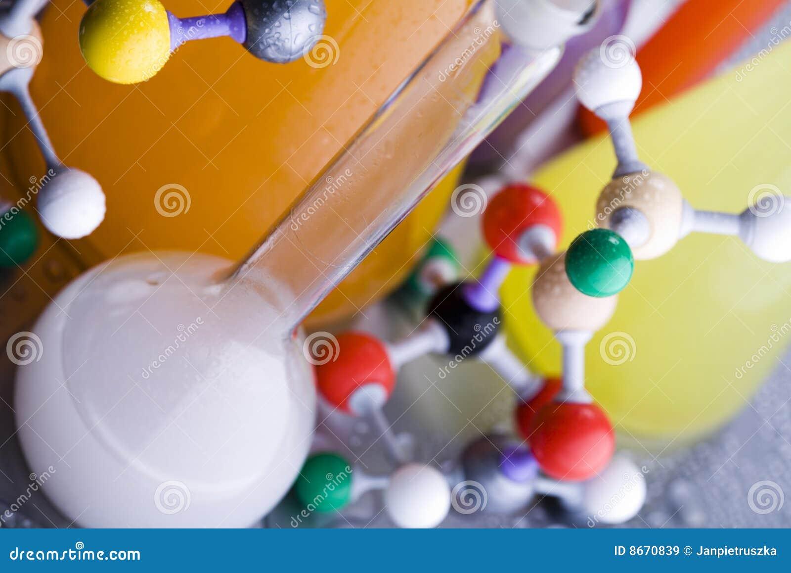 Structure et laboratoire d ADN