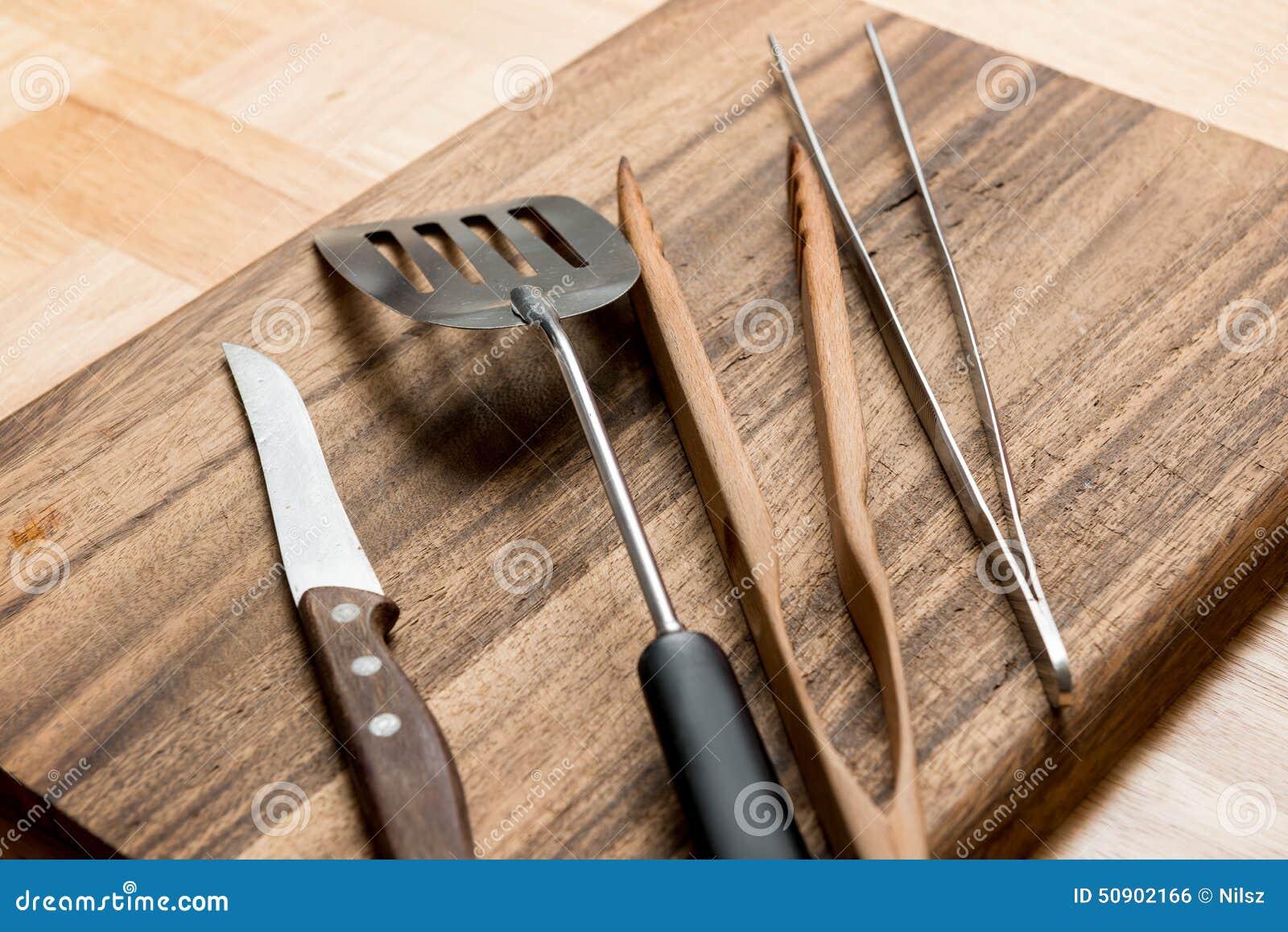strumenti della cucina del barbecue